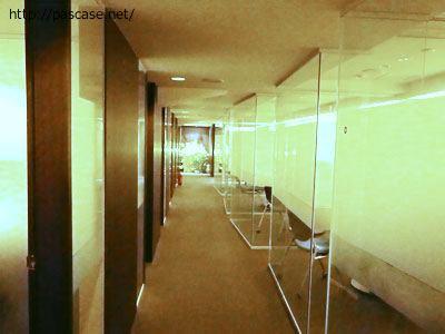 パソナグループ本部3階のブース入口