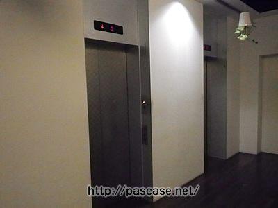 パソナキャリア本社1階のエレベーター